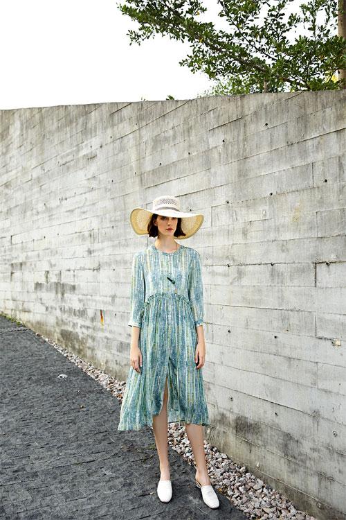 夏日连衣裙 是专属于这个季节的一抹深情