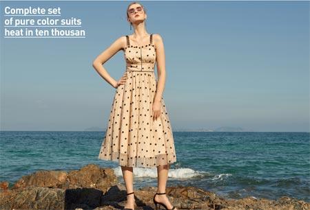 那些浪漫的连衣裙 是夏季最温柔的风景