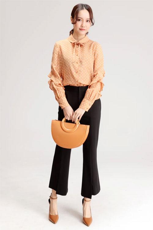 ALINE阿莱服饰:满足你的职场和日常穿着