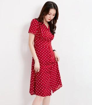 这几款夏日波点连衣裙让你的夏天不平凡!