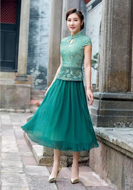 唐雅阁女装 穿出婀娜多姿的高贵风采