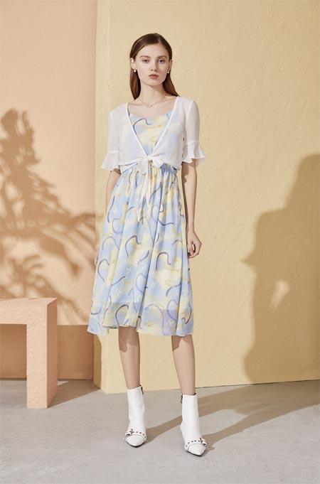 夏天除了空调和西瓜 还需要你即永恒的连衣裙