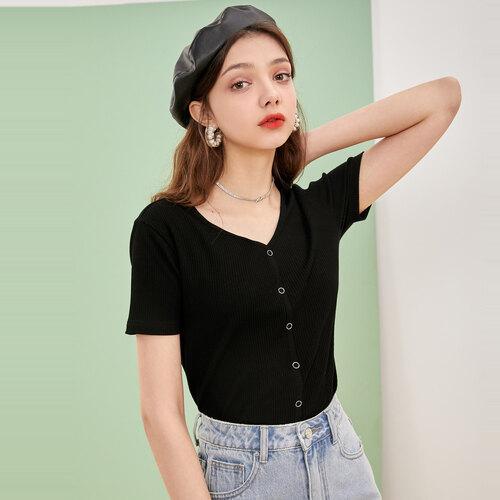 戈蔓婷快时尚品牌女装加盟店以质优价廉赢得目标市场!