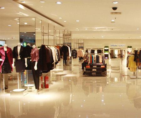 欧美服装零售市场的下滑和停滞还将持续