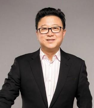 �W易CEO丁磊:在香港上市是�W易全新的起�c