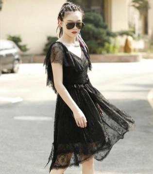 夏日时尚又甜美的装扮 散发满满女人味