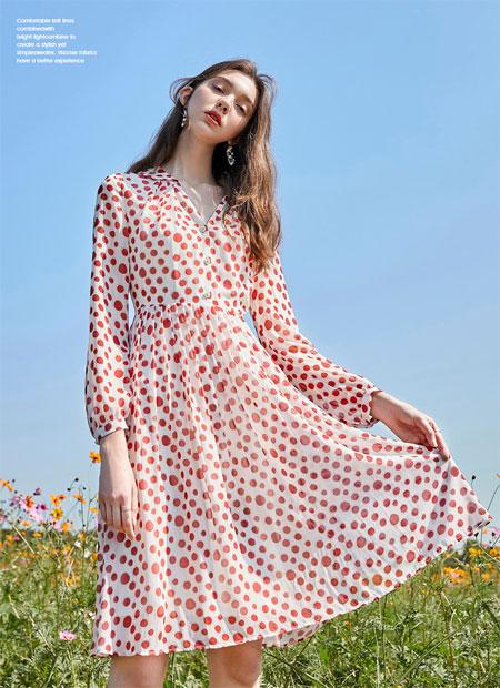 在夏日时光里穿上春美多连衣裙 做一个刚下凡的仙女