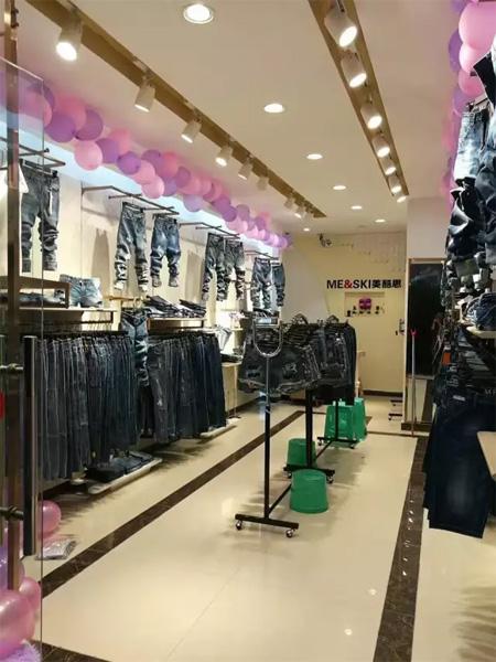 服装店的装修要注意什么? 怎样才能更加吸引消费者?