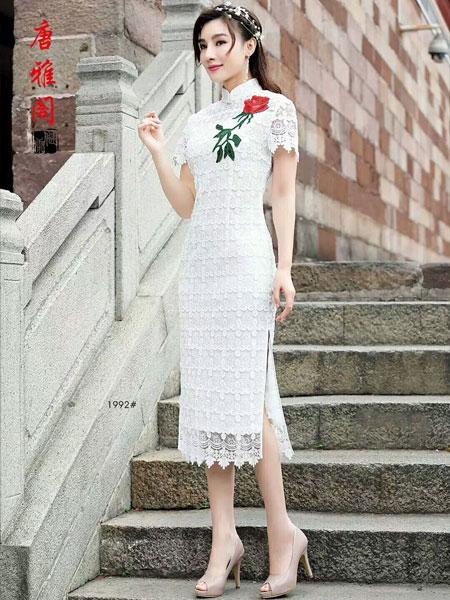 穿上旗袍 撑着油纸伞 来感受丹青美人的魅力吧