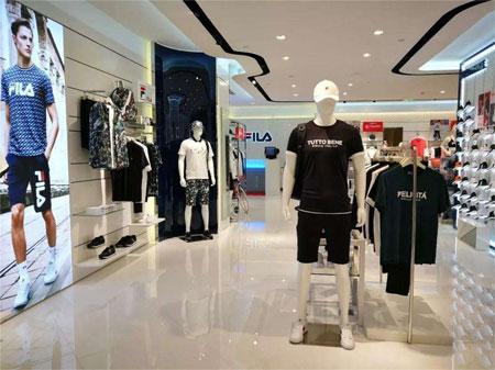 意大利�\��r�b品牌FILA宣布蔡徐坤成�槠放拼�言人