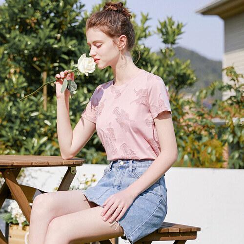 戈蔓婷品牌女装率先市场积极发展 实现自身完美蜕变