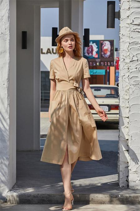 定义都市女性时尚穿搭 戈蔓婷女装有足够的话语权