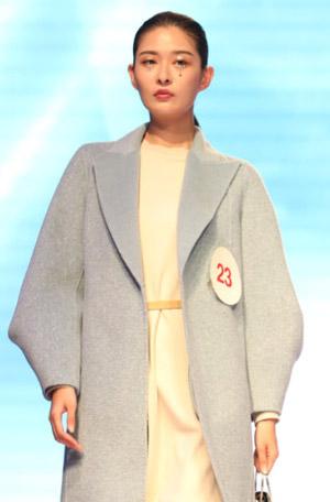 熱烈祝賀千百惠女裝2020冬季新品發布會圓滿收官!