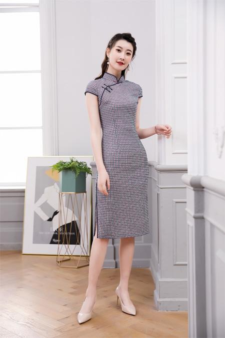 开一家中式服装店  唐雅阁女装品牌展现东方之美