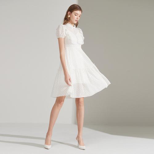 戈蔓婷快时尚女装加盟 全方位满足消费者的需求!