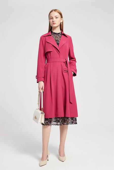 CONATUS珂尼蒂思:穿风衣的女人 时髦又有风度