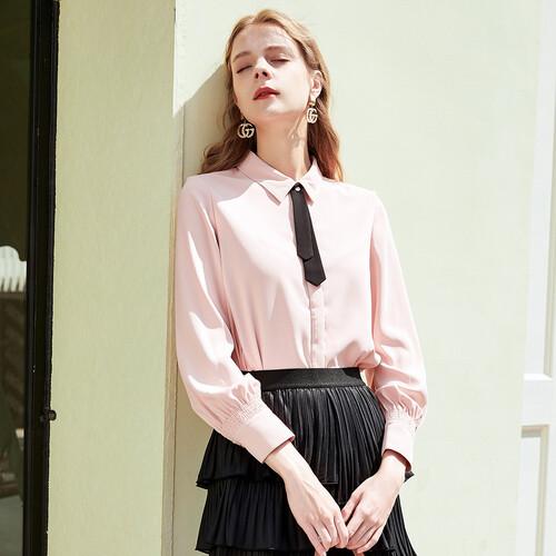 选择戈蔓婷女装时尚 感受时尚化的消费趋势