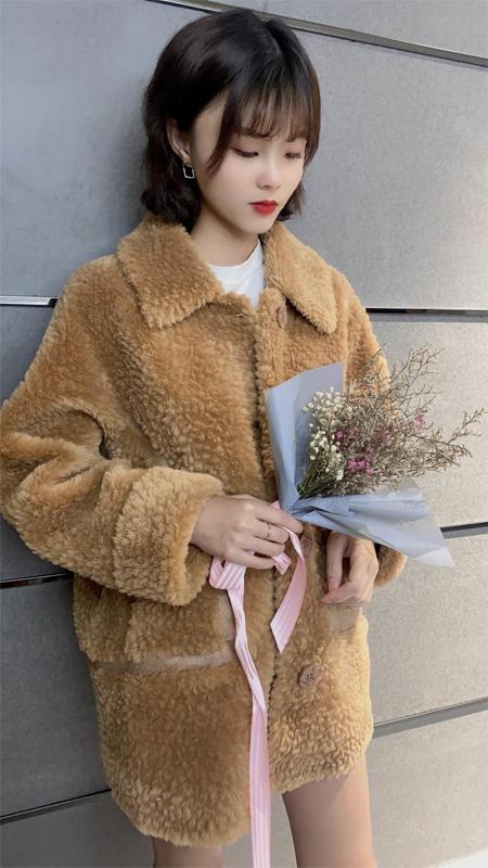 温暖舒适羊羔绒 靓漫蒂陪伴你整个秋冬
