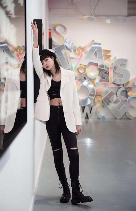 时尚潮范早秋新品  LOFT SHINE演绎都市摩登风情