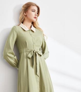 秋季除了金黄色 还有城市衣柜女装的浪漫色彩