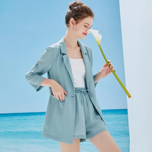 创业加盟各个环节信赖 戈蔓婷时尚女装品牌领航者