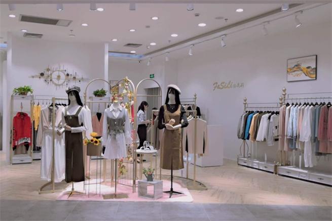 女装导购须知 法思莉这些销售技巧让你的顾客开心买单