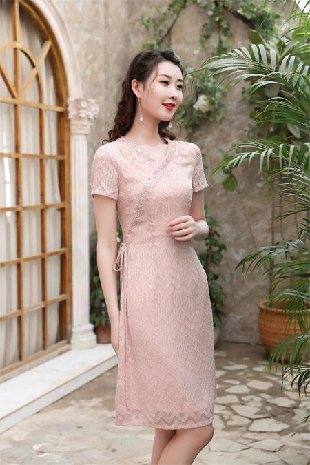 秋之浪漫 写在了女孩儿的旗袍连衣裙上