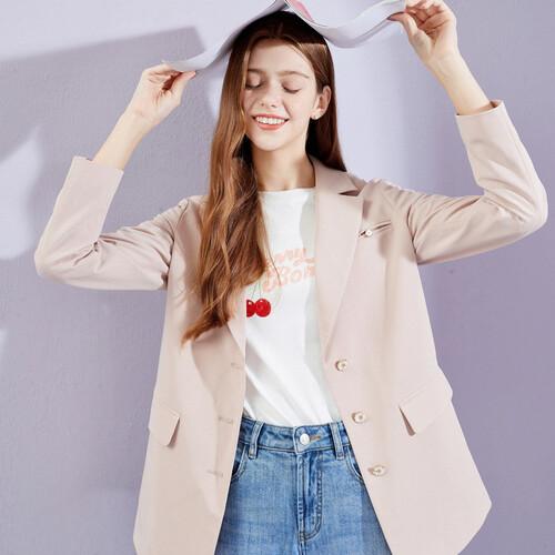 戈蔓婷时尚女装品牌 解读都市女性不一样的美