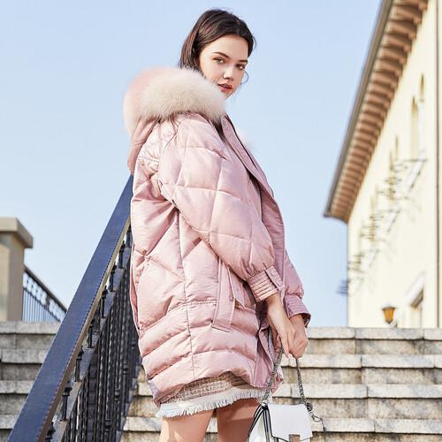 潮流风向标 戈蔓婷女装演绎自信无畏的新生代街头icon