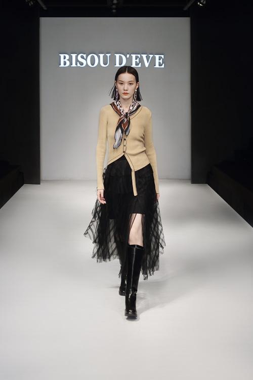 碧淑黛芙女装 时尚和美 是秋风吹不倒的风情万种