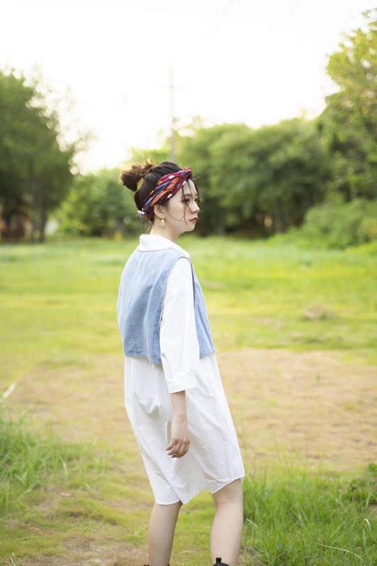 薇薇希女装突袭秋季自然风景 美而不妖 冠盖满芳华
