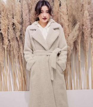 YANG秋冬巨显白大衣 你想要的高级感 都在这里!