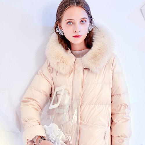 戈蔓婷品牌女装两大优势 玩转整个服装行业率领潮流