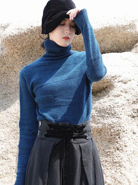 底色2020秋冬针织上衣 质朴之中演绎诗意的生活