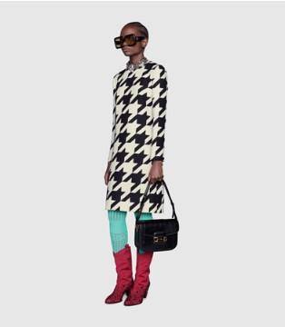 Gucci秋冬�B衣裙系列 �凸排c�r尚的密�a 由你�斫獯�