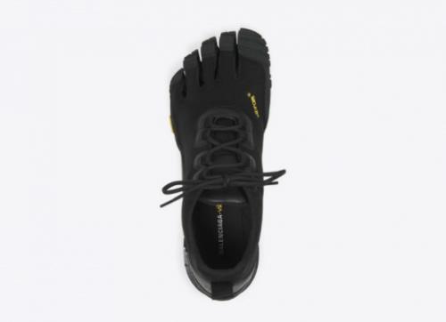 Vetements和巴黎世家推秋冬新款鞋 歌力思推新联名服饰