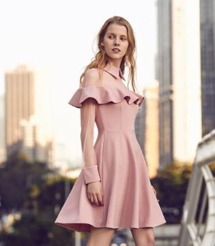 连衣裙的美学盛宴 尽情展现37°生活美学的淑女优雅