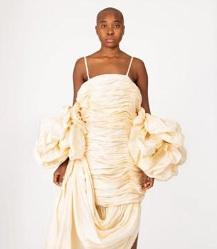 颠覆奢华小说 用服装讲述故事 Vaquera与你感受美!