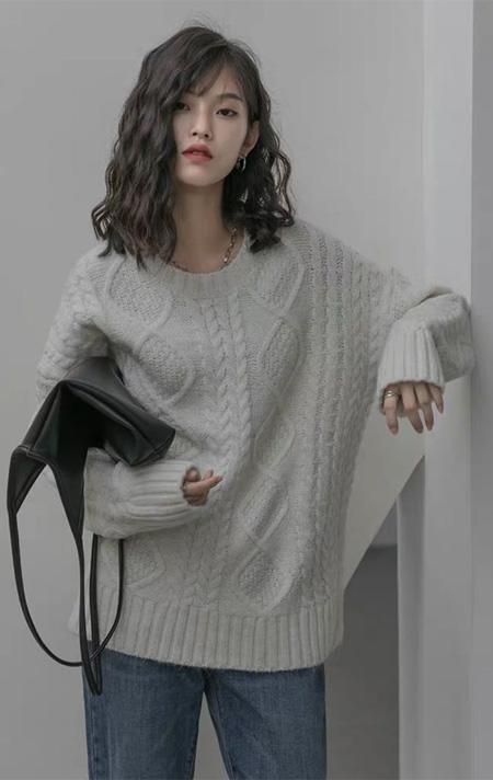慵懒气质型穿搭 珂希莉新品上新 这个秋冬足够温暖