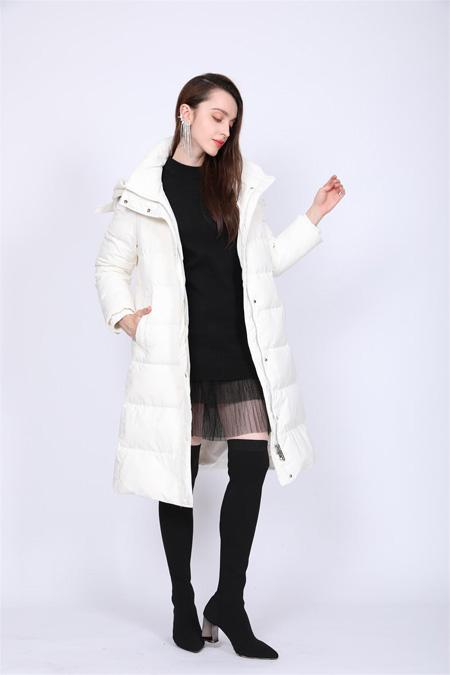 莎斯莱思冬季羽绒服  探索这场温暖时尚之旅吧!