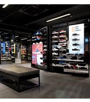 英���w育零售商JD Sports斥3.25�|巨款收�Shoe Palace