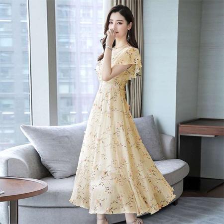 仙气女子尽享时尚之美 感受芝麻e柜曼妙人生旅行