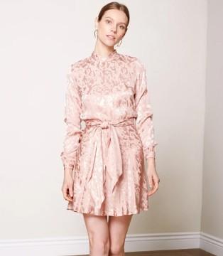 时尚审美宝典 UNDRESS礼服新品 尽享现代优雅