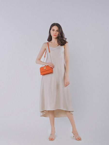 VESPER LYND(VL)新品 感受吊��裙的魅力