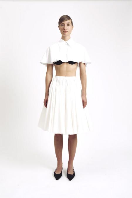 设计小众且高雅 Emilia Wickstead以柔美开启时尚造型