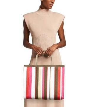 不可或缺的包包芙拉Furla 来自意大利的手提袋