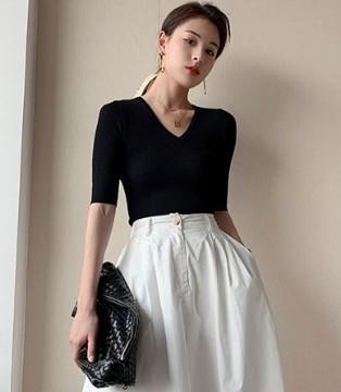 珂希莉時尚優雅氣質穿搭 引導潮流風尚