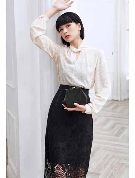 HEFANXI赫梵茜 開學季 時尚媽媽的甜富美!