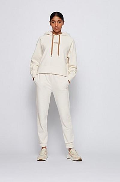 雨果博斯 秋季的美好选择 做时尚的可人儿