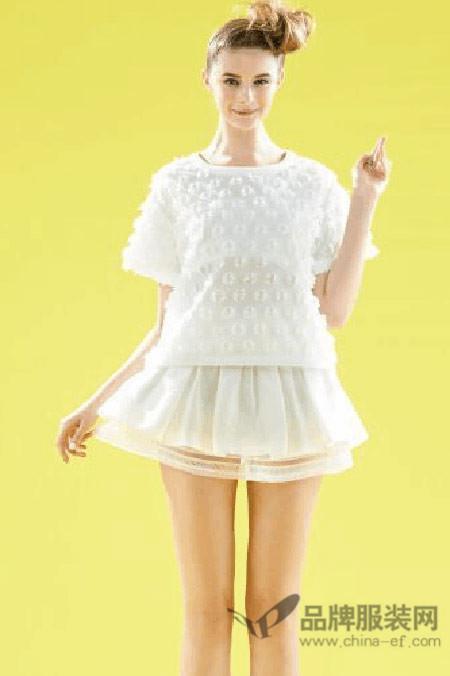 安娜贝拉女装2015春夏新品